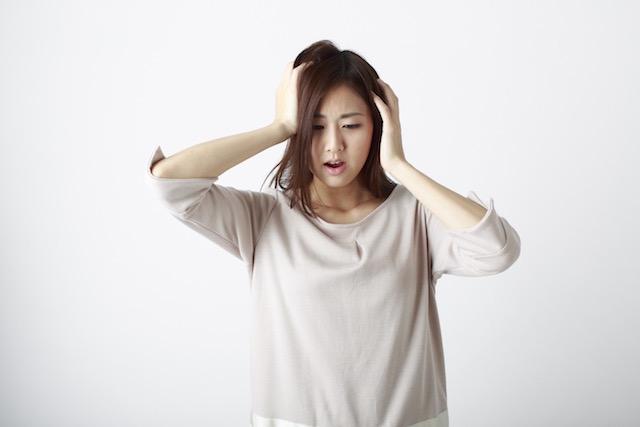 女性も気をつけて。若年性脱毛症とは