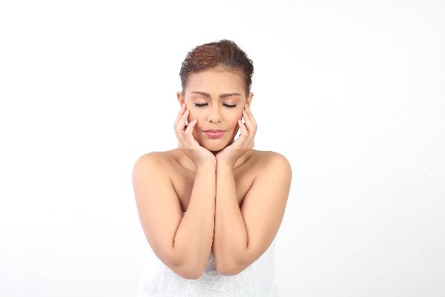 辛いPMSの症状を抑えたい!月経前症候群対策にはどんなピルがいい?