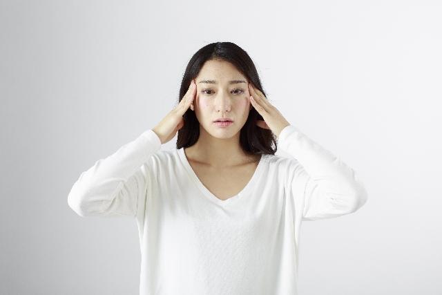 花粉症とアレルギー性鼻炎について~その違いや検査、症状や治療法など~